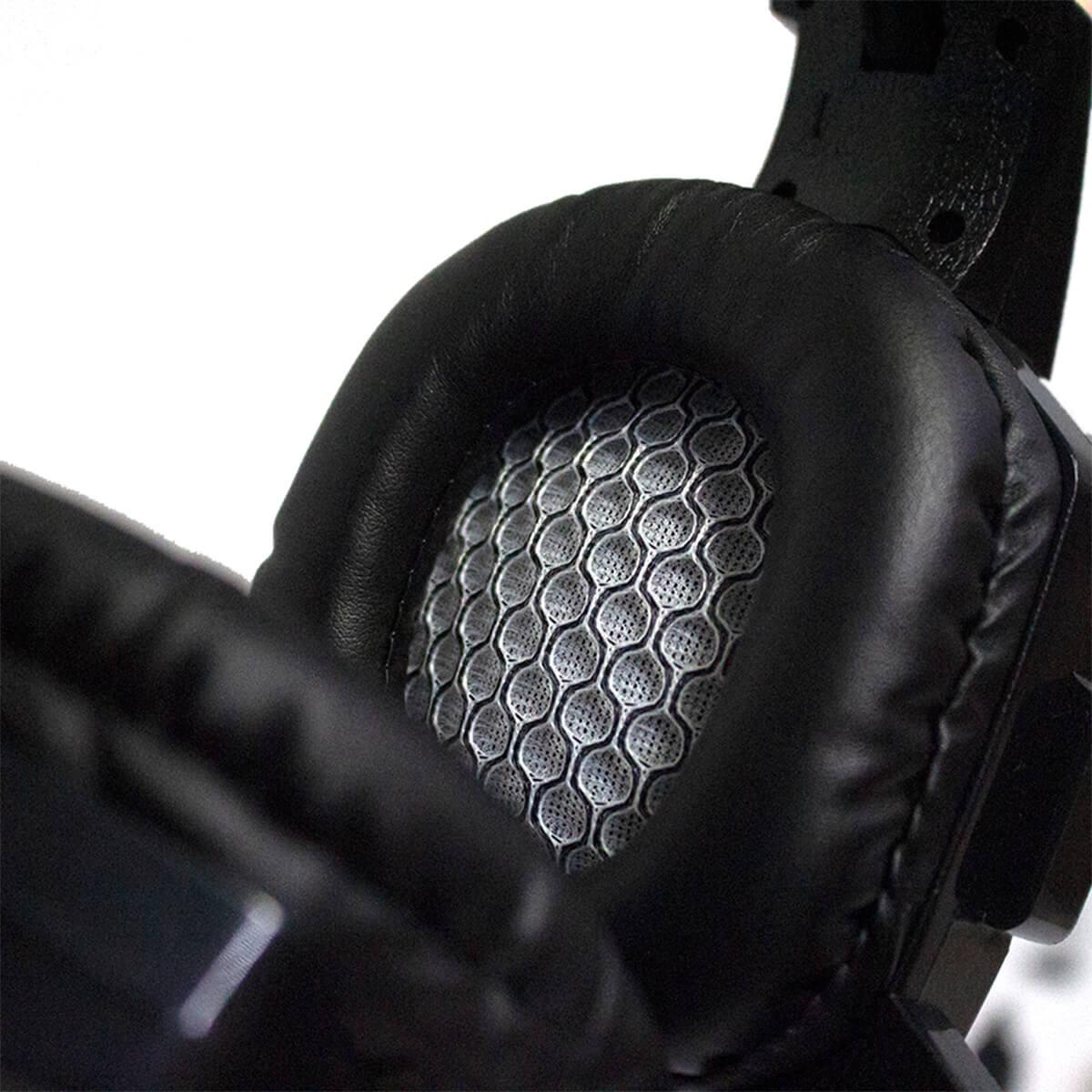 KIT Headset Gamer com Microfone e LEDs Coloridos Infokit GH-X20 com Adaptador P3 x P2