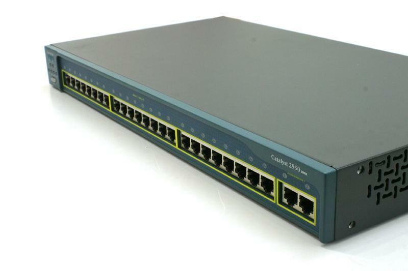 Switch de Rede Gerenciável 24 Portas RJ45 Alta Velocidade Cisco Catalyst 2950 Series WS-C2950-24