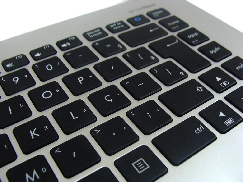 Teclado Ultrabook Asus S400 c/ Moldura Prata e Touch PN: MP-12F36PA-9202W