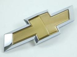 Emblema grade radiador * gravata * - Camaro 2010 a 2019