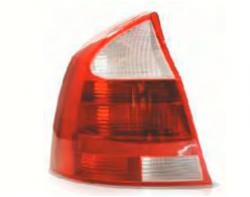 Lanterna traseira lado motorista - Corsa novo sedan 2002 a 2007
