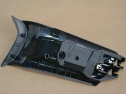 Macaneta interna porta dianteira direita - Omega 2008 a 2009 motor 3.6