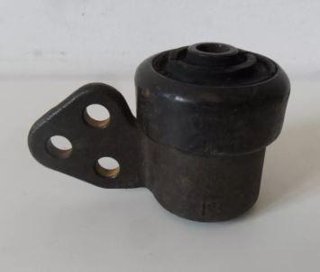 Bucha bandeja dianteira ** parte dianteira ** - Corsa Novo 1994 a 2007 motor 1.8