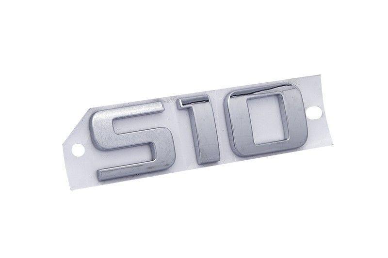 Emblema *S10* cromado- S10 2015 a 2016