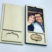 Kit Pendrive Oval 4GB + Case Madeira Foto 10x15  Wood Frame 4