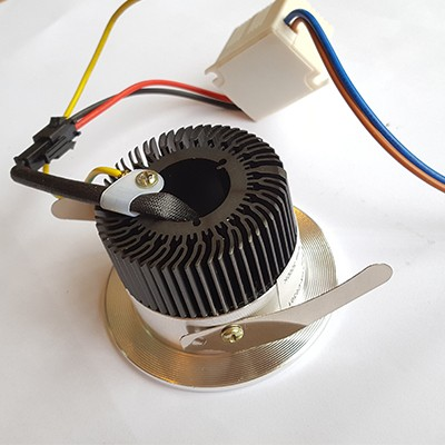 Spot LED 4 Watts Completo Redondo Em Alumínio Embutir em Móvel