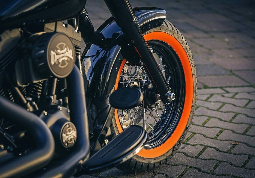 Pneu Dianteiro Harley Davidson 883 100/90-19 57h Me888 Metzeler
