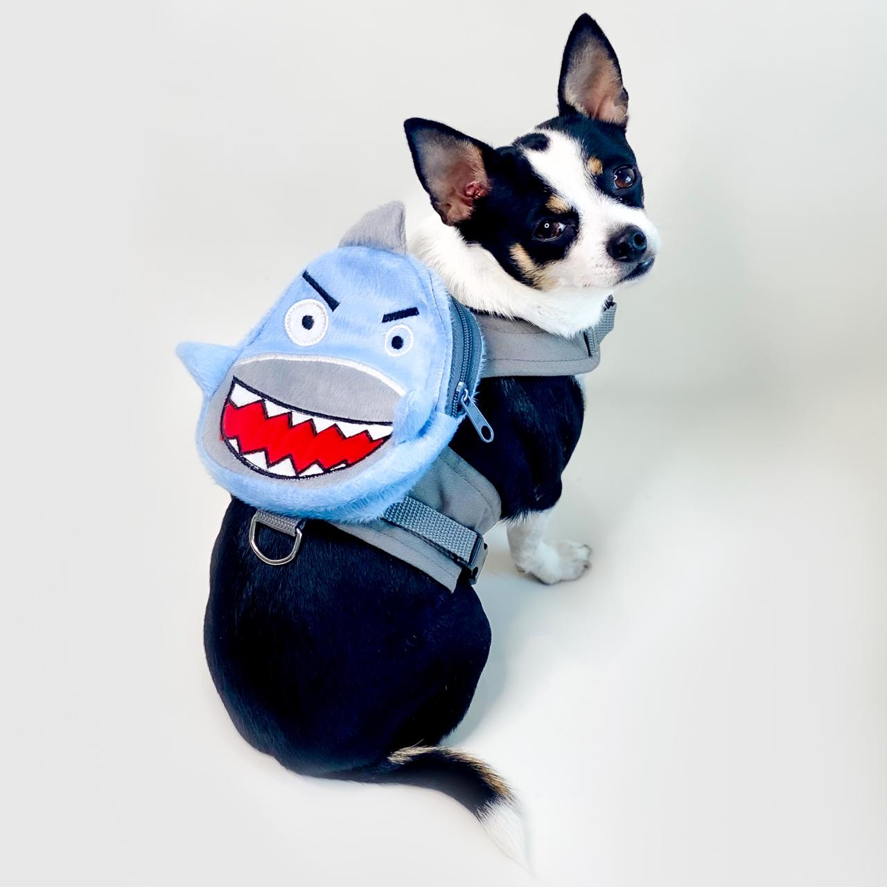 Guia Para Cachorro com Mochila Tubarão