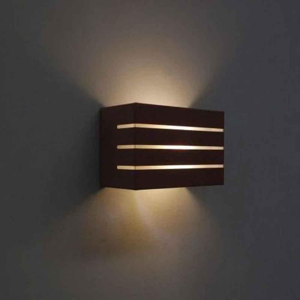 Arandela Retangular Frisada Marrom 1G9 9x15cm Externa