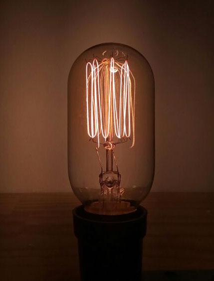 LAMPADA VINTAGE - FILAMENTO DE CARBONO - T45 40W 127V E27 ALTALUCE