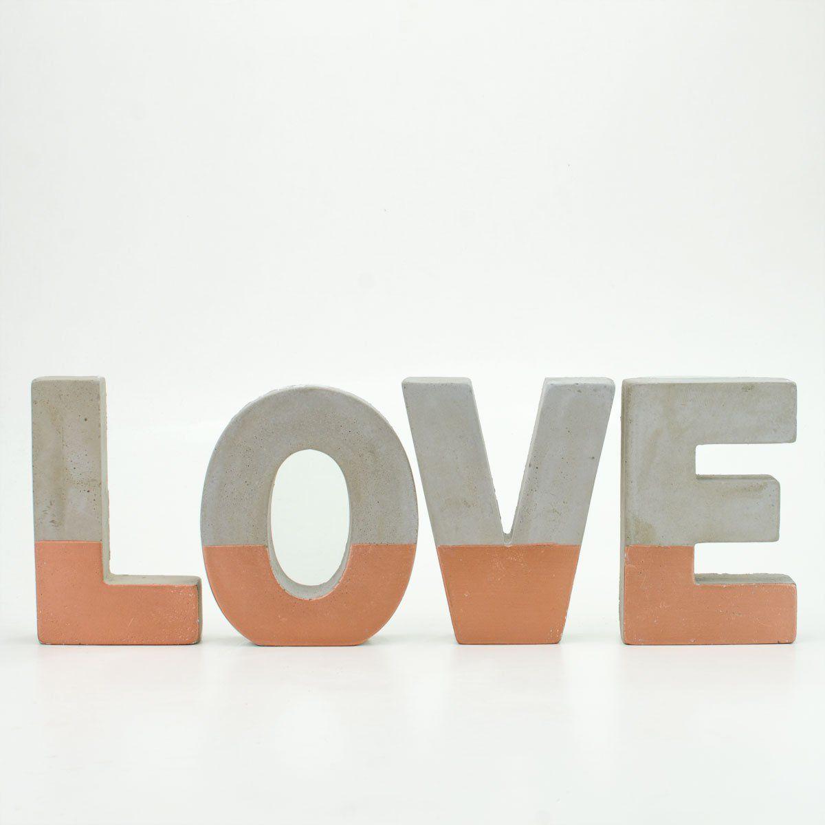 Palavra Love Decorativo Cobre Em Cimento 33X11,5CM 7692