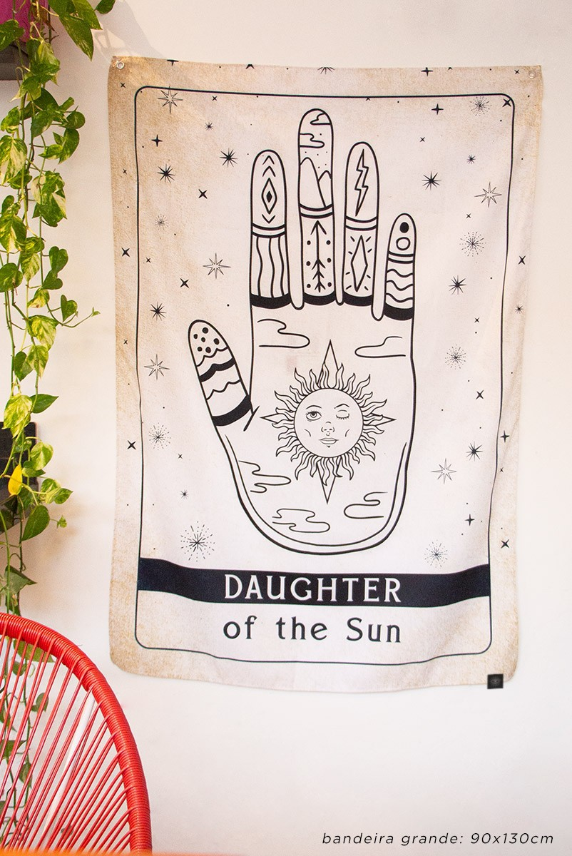 Bandeira De Parede Daughter Of The Sun