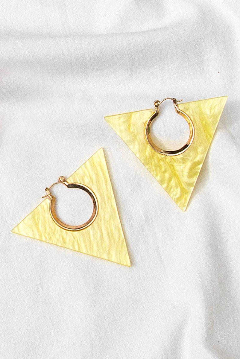 Brinco Triangulo Acrilico Amarelo