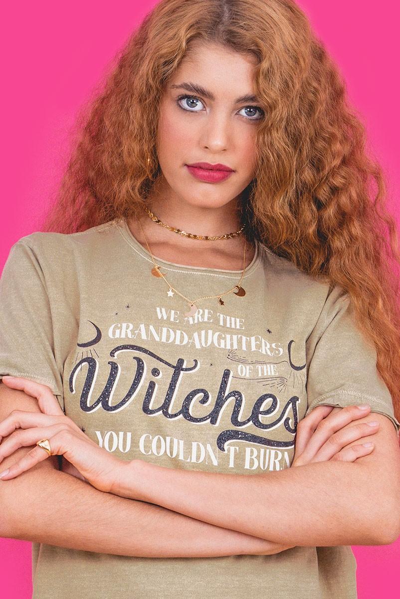 Camiseta T-shirt Areia Witches