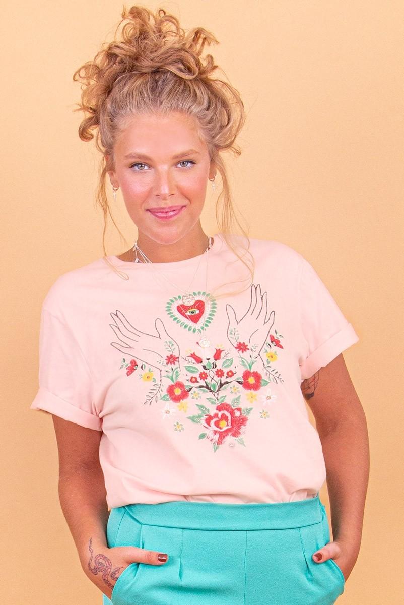 Camiseta T-shirt Bordado Floral