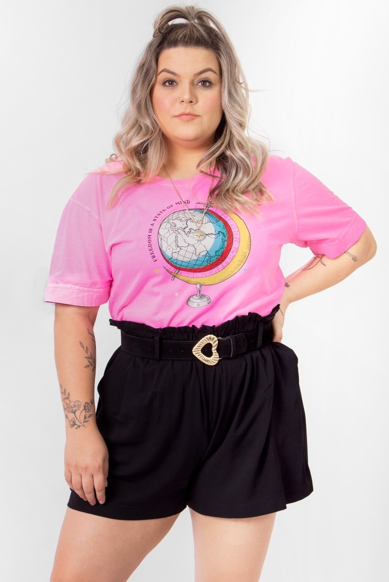 Camiseta T-shirt PLUS Neon Globo