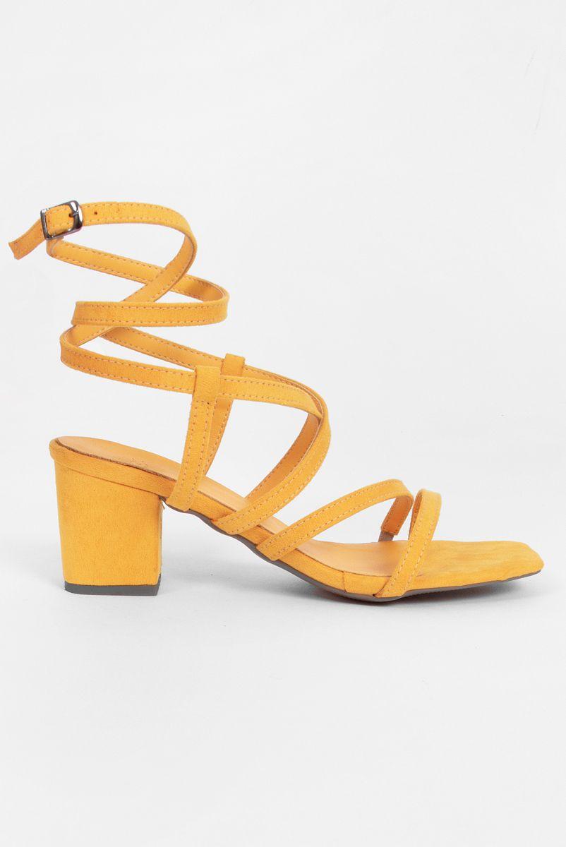 Sandália Tiras Amarelo Girassol