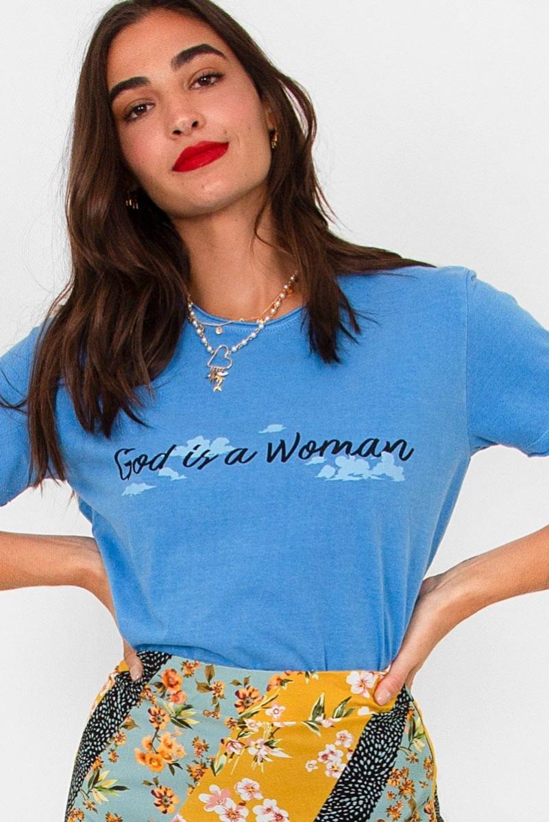 Camiseta T-shirt God Is a Woman