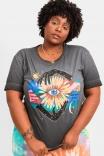 Camiseta T-shirt Florescer Mãos