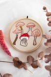 Quadrinho Bordado Decor Cogumelos
