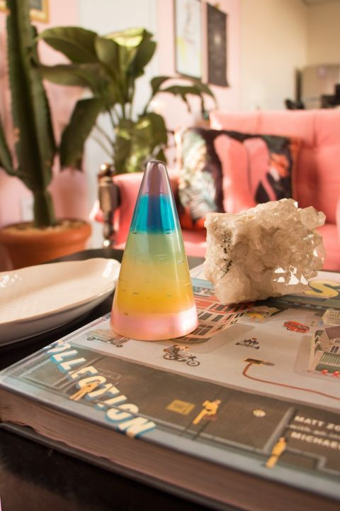 Adorno Decor Cone - Rainbow Stars