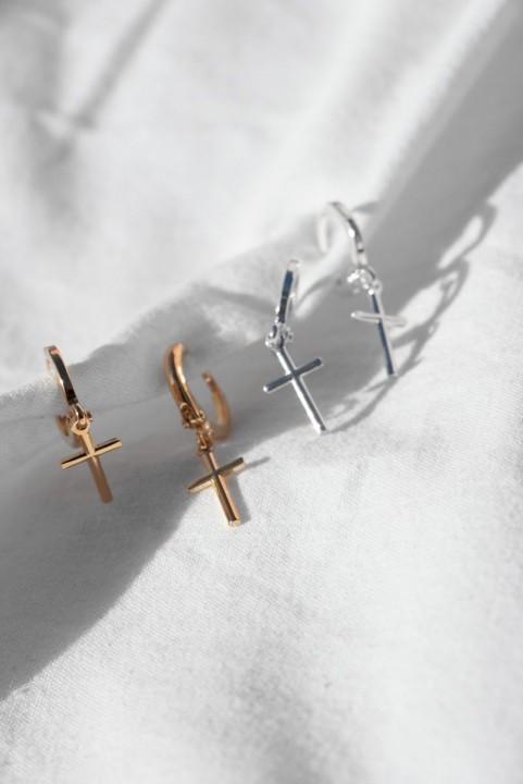 Argolinha Mini Crucifixo