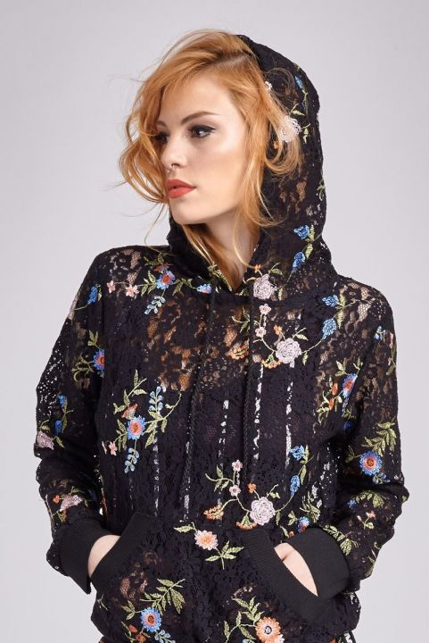 Blusa Canguru Renda Bordada Flowers