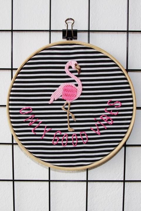 Bordado Decor Flamingo Good Vibes