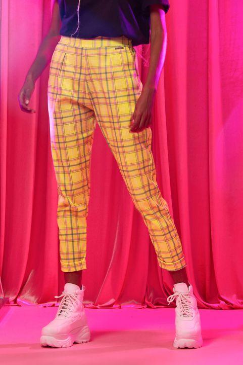 Calça Xadrez Amarelo Barbie