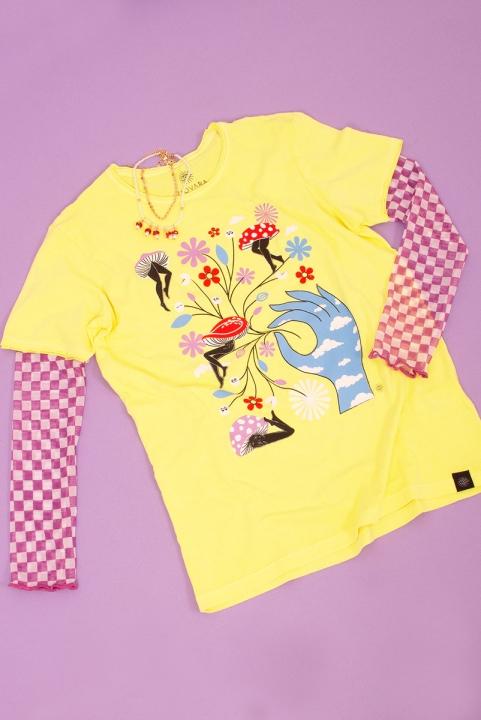 Camiseta T-shirt PLUS Magic Garden