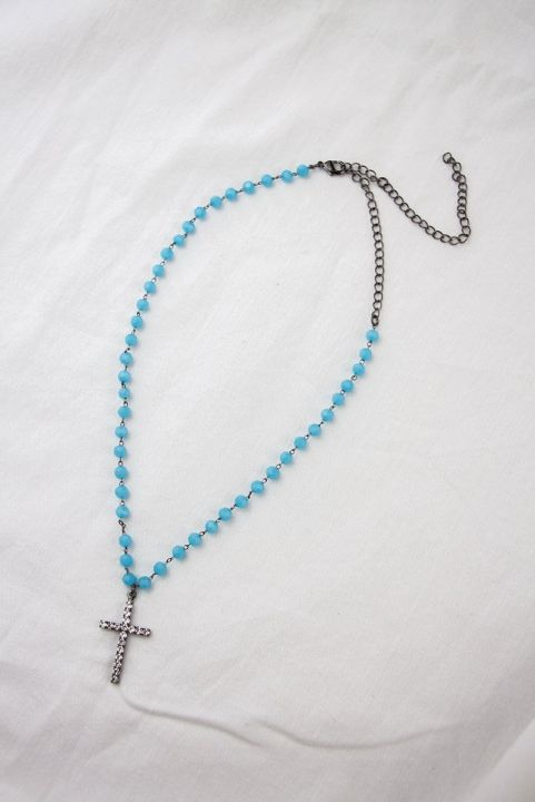 Colar Choker Miçangas Azul Cruz