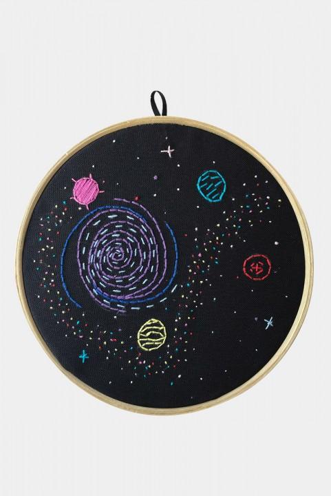 Quadrinho Bordado Decor Galaxy
