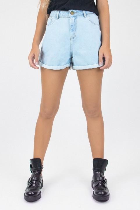 Shorts Mom Jeans Claro