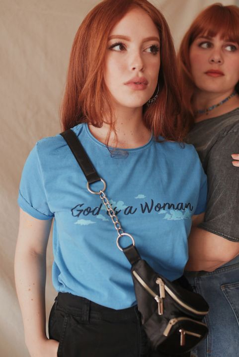 T-shirt NEW God Is a Woman
