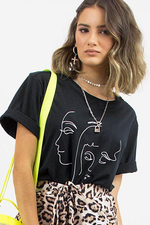 T-shirt Rosto Sometimes