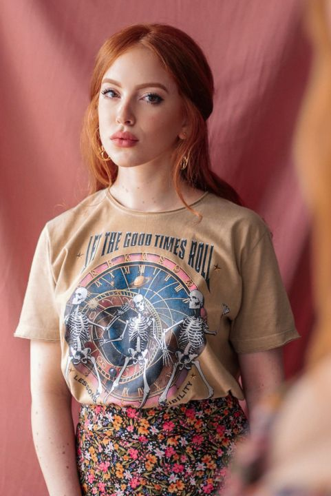 T-shirt NEW Saturno Caveiras