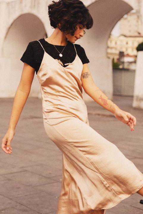 Vestido Midi Satin Beige