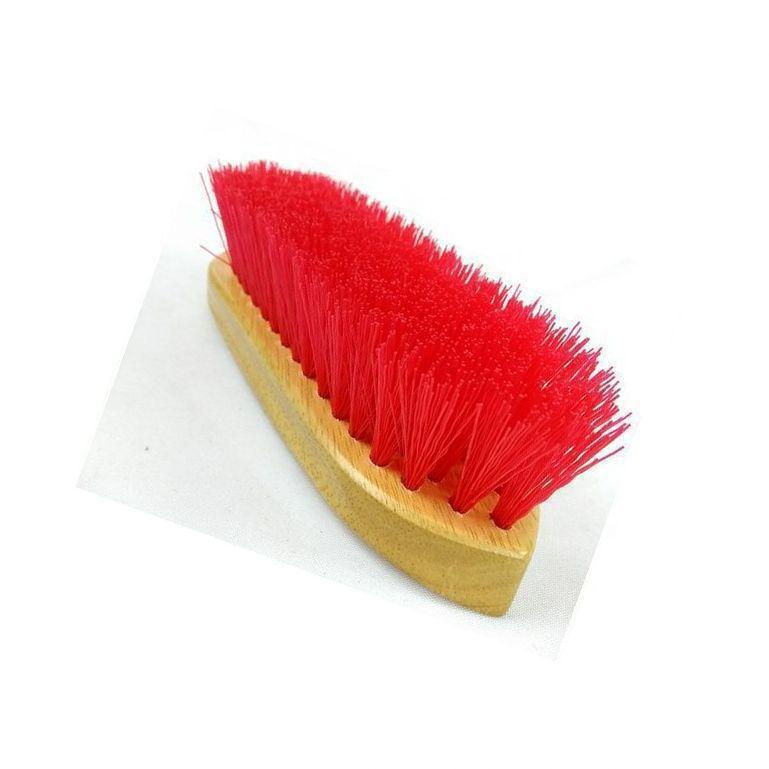 Escova Partrade de Madeira Envernizada com Cerdas de Nylon