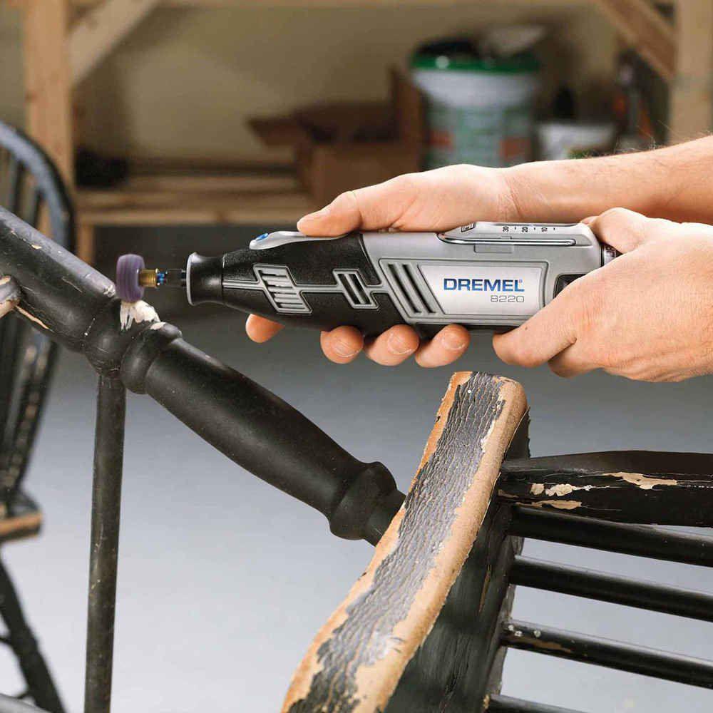 Micro Retífica Bateria 12v Dremel 8220 Com Maleta 30 Acessórios