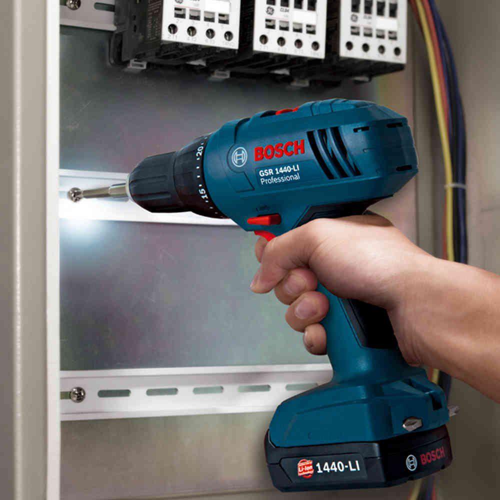 Parafusadeira e Furadeira à Bateria 3/8 Pol. GSR 1440 LI Bosch