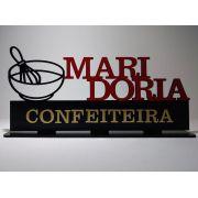 Enfeite decorativo Profissões - Confeiteira MDF 30cm