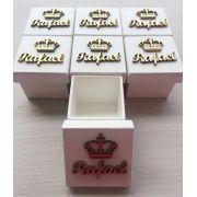 Kit 20 caixinhas personalizadas brancas com nome + coroa em dourado -  6cm (R$ 4,50 cada)