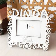 Porta Retrato Personalizado DINDA em MDF Branco