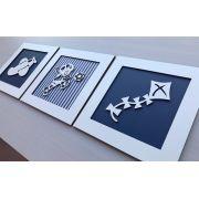 Trio de Quadros Brinquedos - Quadro Menino Azul Listrado e Quadros Pipa e Avião Azul Marinho Liso