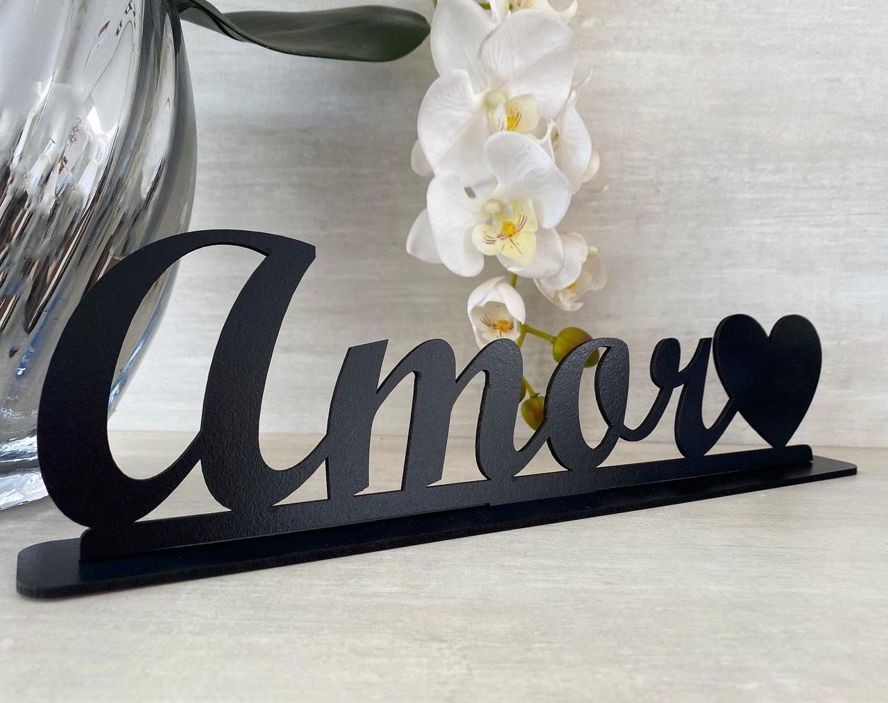 Enfeite Letreiro decorativo de mesa Amor 35cm