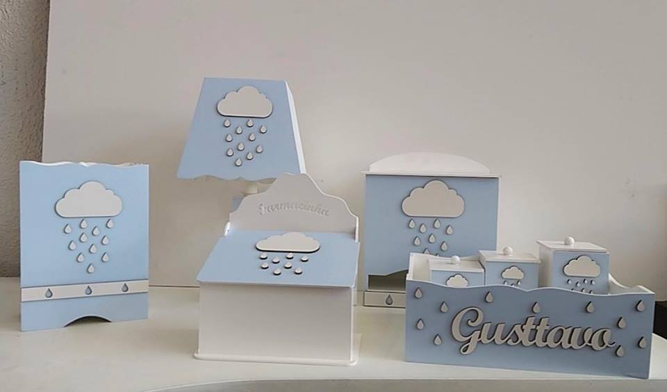 Kit Higiene 8 Peças Chuva de Amor MENINO Nuvens Nuvem Personalizado