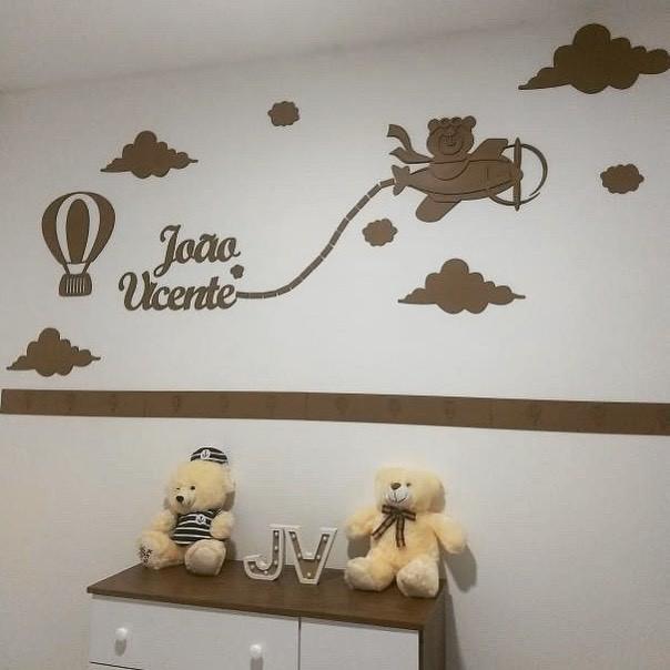 Kit Painel de Parede Completo 20 peças Urso Aviador Personalizado Decoração Quarto do Bebê MDF CRU