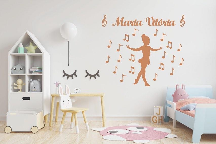 Kit Painel de Parede Menina Bailarina Música 24 peças