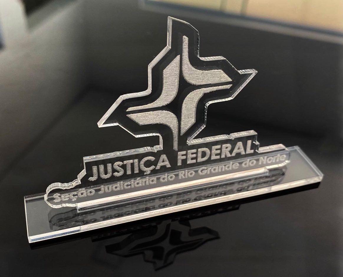Logotipo personalizado na base 15cm de altura Brinde Lembrança Empresa Corporativo ACRÍLICO