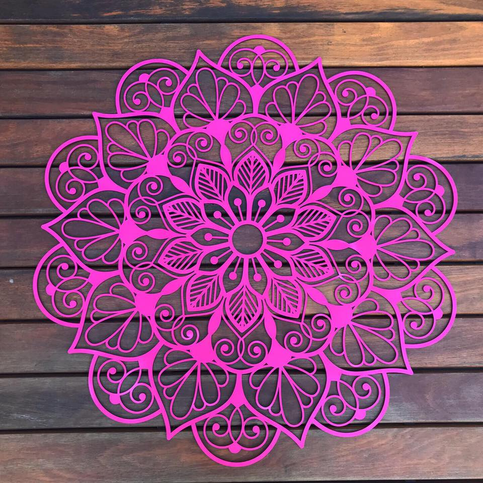 Mandala em MDF Floral 50cm